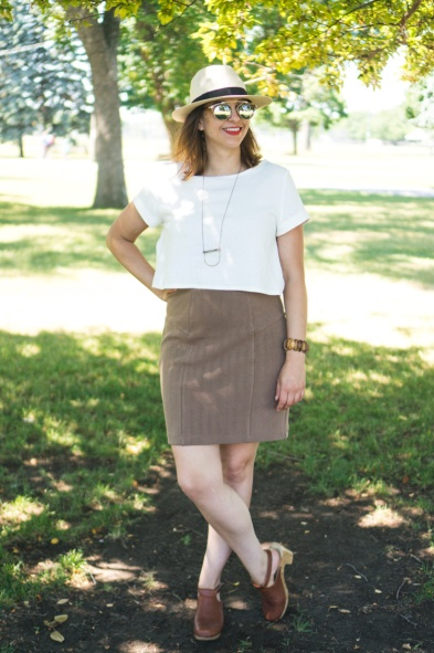 Linen-Inari-tee-deer-and-doe-brume-skirt-5