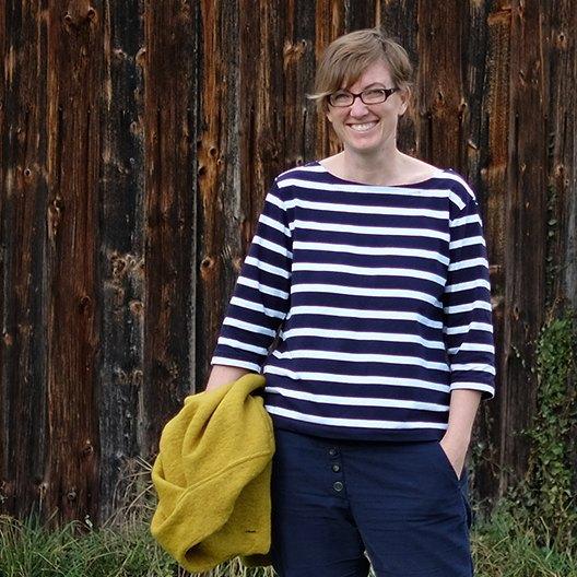 Annika wearing the TimpeTee by schneidernmeistern