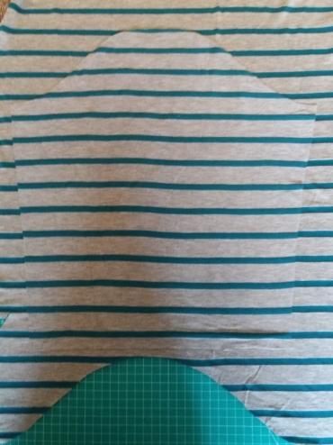 Cutting second sleeve